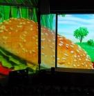 700 человек 11 мая 2013. Конвенция для директоров McDonald's